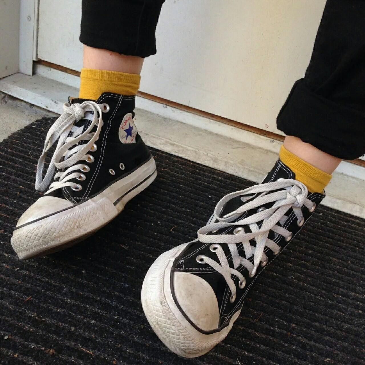 รองเท้าผ้าใบสวยๆ