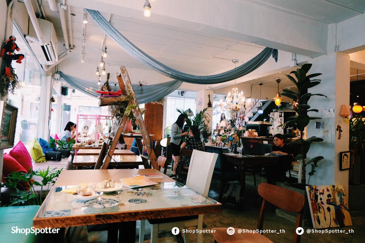 Sundays Cafe